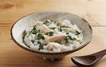 七草粥の炊飯器レシピ人気3選|味付け簡単鶏肉を使った子供が食べるレシピの作り方