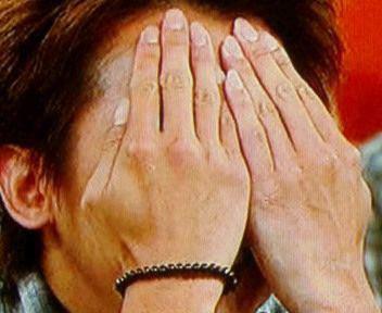 大野智の手が綺麗で色っぽい!手相や手の大きさを画像付きで紹介