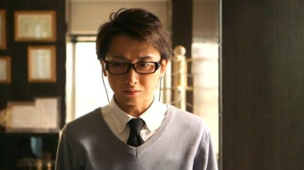 鍵部屋ドラマ榎本がダイヤの一部を盗んだのはなぜ?海外逃亡の理由は社長から横領したから?